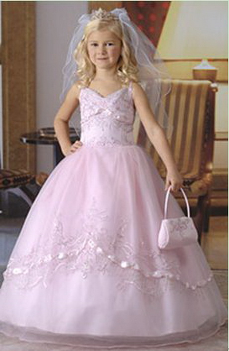 Trouwerij, communie of feest? Dan moet u bij Gonnie's Kinderkleding zijn geweest! Gonnie's Kinderkleding is dé webshop én winkel voor al uw betaalbare feestkleding, vanaf maat 62 tot en met maat , met al meer dan 25 jaar ervaring.