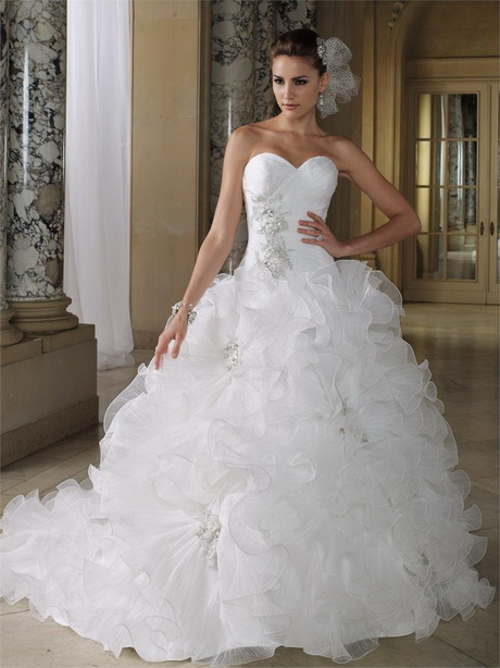 verboden vind bruid outfits