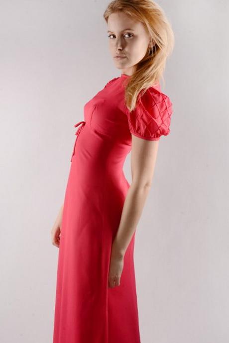 De leukste vintage jurken & retro jurken van de 20's 30's 40's 50's en 60's vind je bij lemkecollier.ga